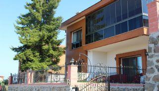 Zee en natuurzicht Trabzon-huizen met privétuinen, Trabzon / Ortahisar