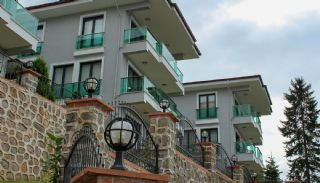 Kant-en-klare villa te koop met prachtig zeezicht in Trabzon, Trabzon / Of