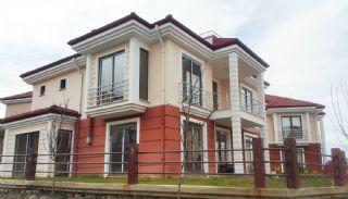 Trabzon Akçaabat'ta Deniz Manzaralı Satılık Triplex Villa, Trabzon / Akçaabat - video