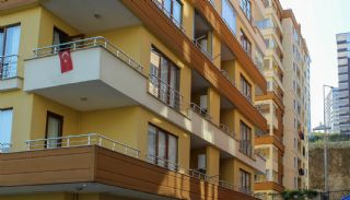 Investment Flat for Sale in Trabzon Close to Amenities, Trabzon / Yomra
