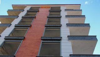 Appartementen met zeezicht dicht bij alle voorzieningen in Trabzon, Trabzon / Ortahisar - video