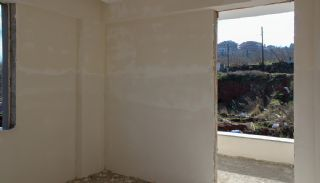 Unobscured Sea View Flats Close to All Amenities in Trabzon, Interior Photos-12