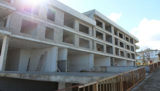 Investment Shops in Trabzon Across the University in Pelitli, Construction Photos-1