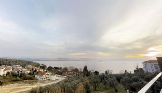Triplex privévilla's op 100 meter van het strand in Bursa Gemlik, Bursa / Gemlik - video