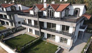 Triplex privévilla's op 100 meter van het strand in Bursa Gemlik, Bursa / Gemlik